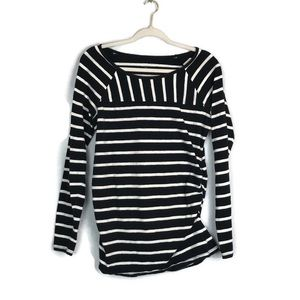 LIZ LANGE maternity black write stripe tee size L